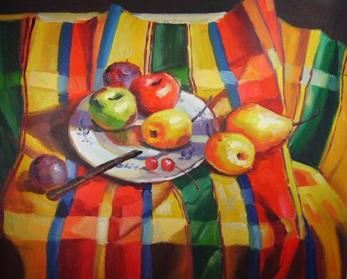plate and fruits